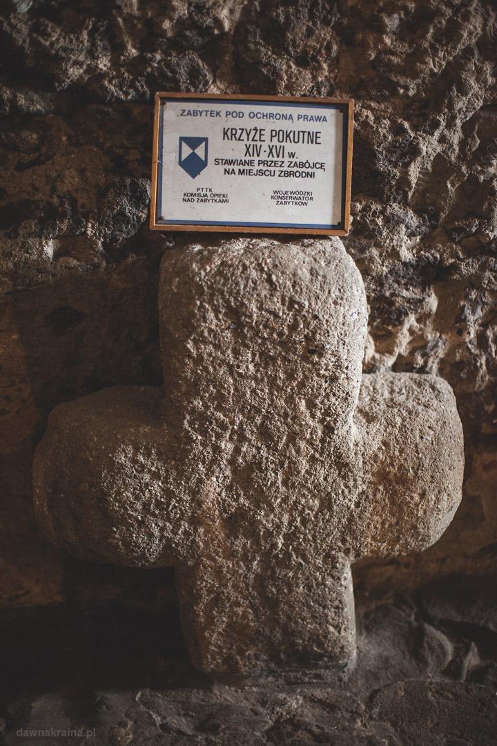 Krzyże pokutne w Zamku Grodno.