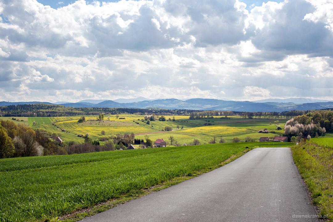 Droga prowadząca do Stanisłałowa i Radiostacji Rüdiger 2