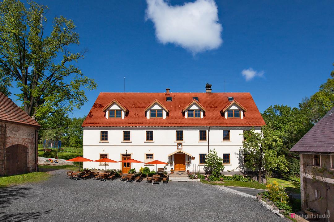 Pensjonat i restauracja slow food Villa Greta przed remontem Domu Arnolda