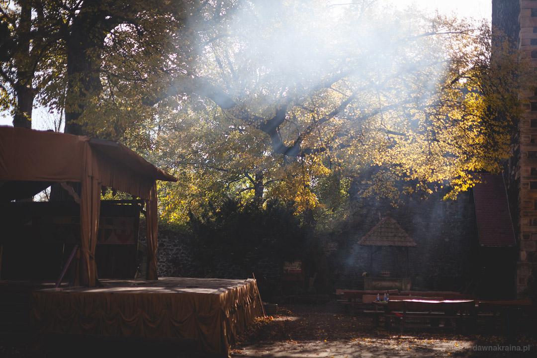 Jesień na zamku Grodziec.