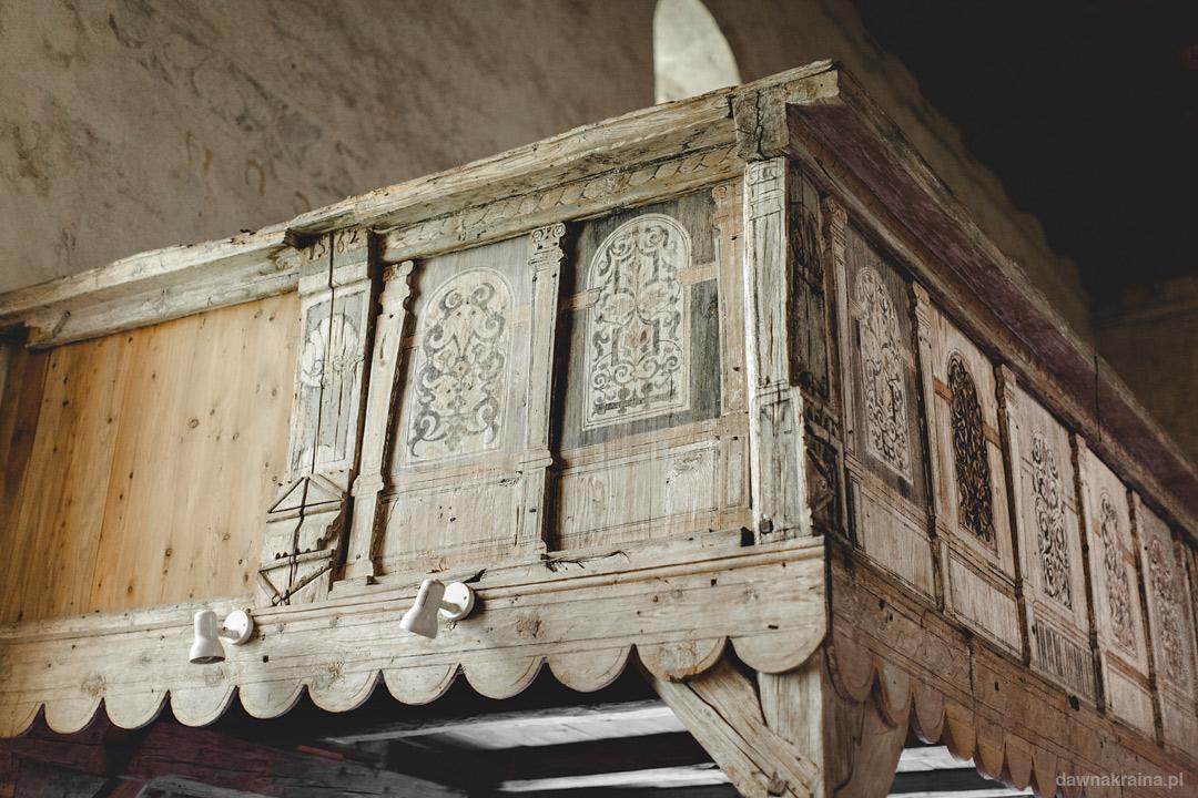 Drewniane elementy. Romański Kościół św. Jana i Katarzyny w Świerzawie