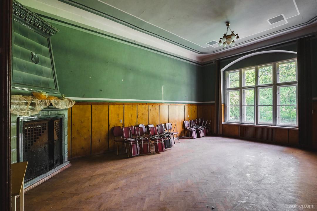 Pokoje w Pałacu Targoszyn
