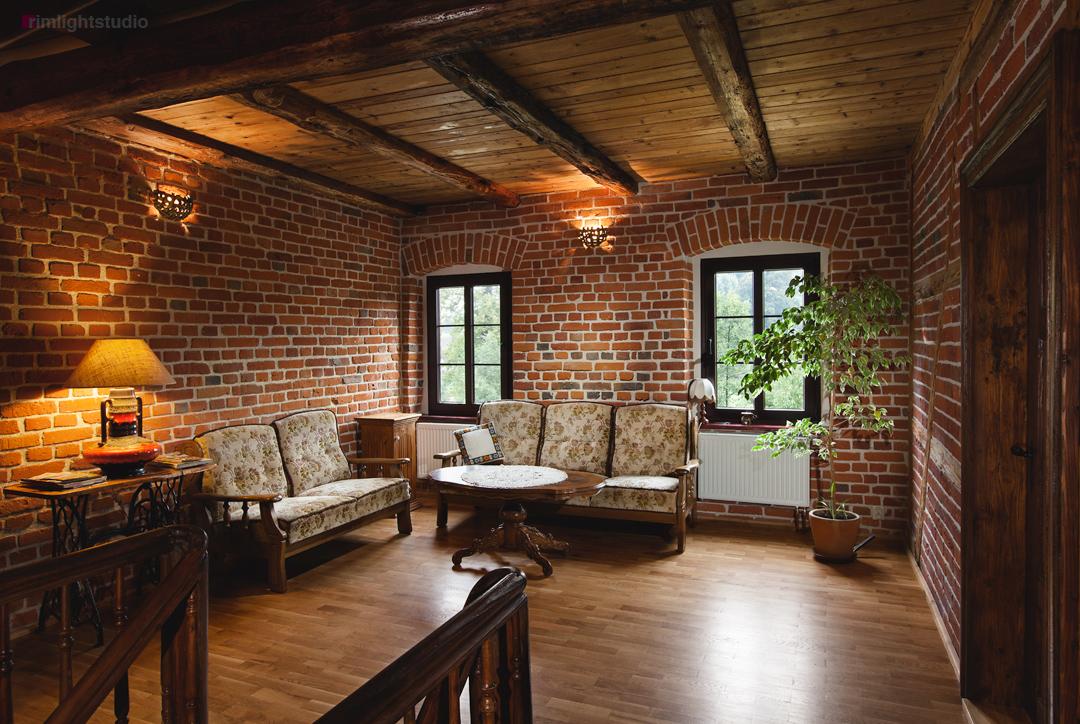 Ogólnodostępne miejsce dla gości na pierwszym piętrze w Agrohippika