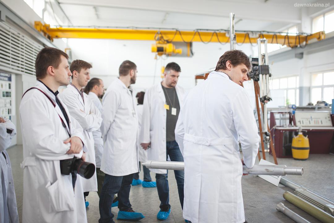 prezentacja elementów paliwowych i konstrukcyjnych reaktora Maria