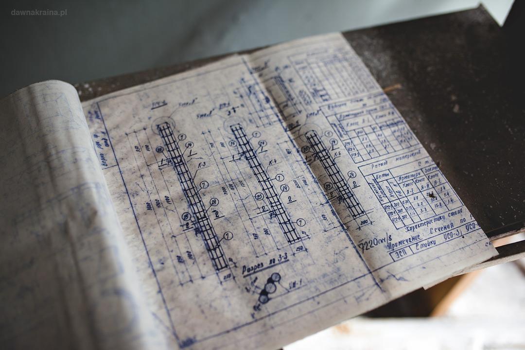 Szkice projektowe znalezione w budynku obok Radaru Duga zwanego Oko Moskwy w Czarnobyl 2