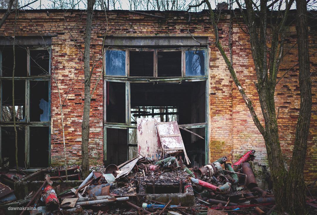 W drodze do kompleksu mieszkalnego Czarnobyl 2