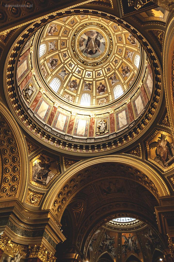 Wnętrze bazyliki św. Stefana w Budapeszcie
