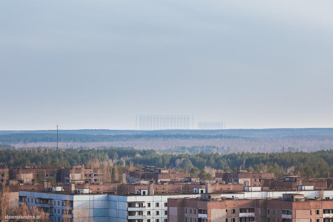 W oddali widać radar Duga zwany Oko Moskwy.
