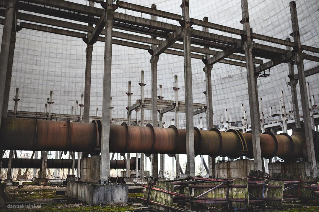 Wętrze wieży chłodniczej w Czarnobylu