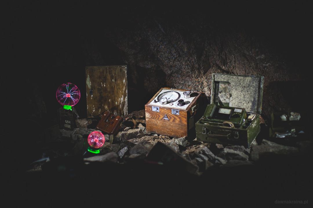 Narzędzia w kopalni. Kopalnia uranu w Kowarach.