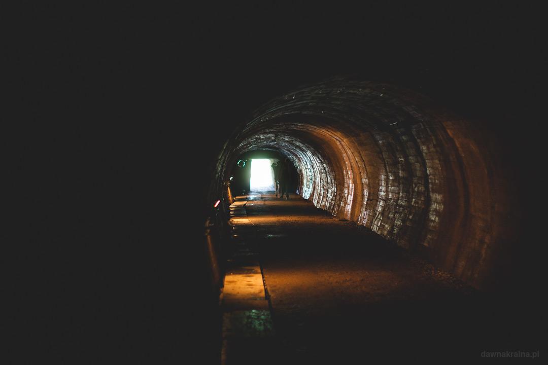 Kopalnia uranu w Kowarach. Korytarze wewnątrz kopalni.