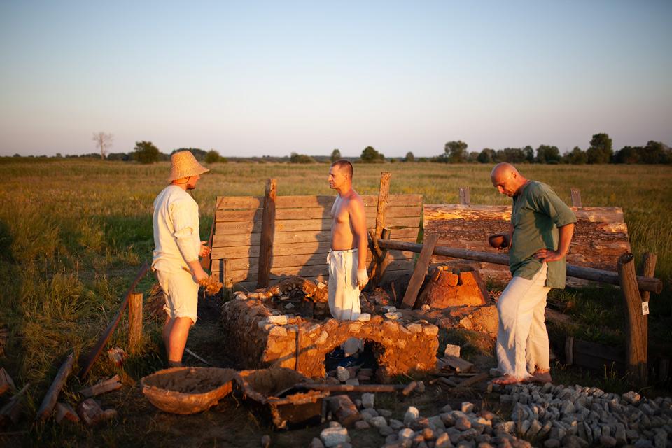 Grodzisko Żmojowiska budowa pieca szklarskiego