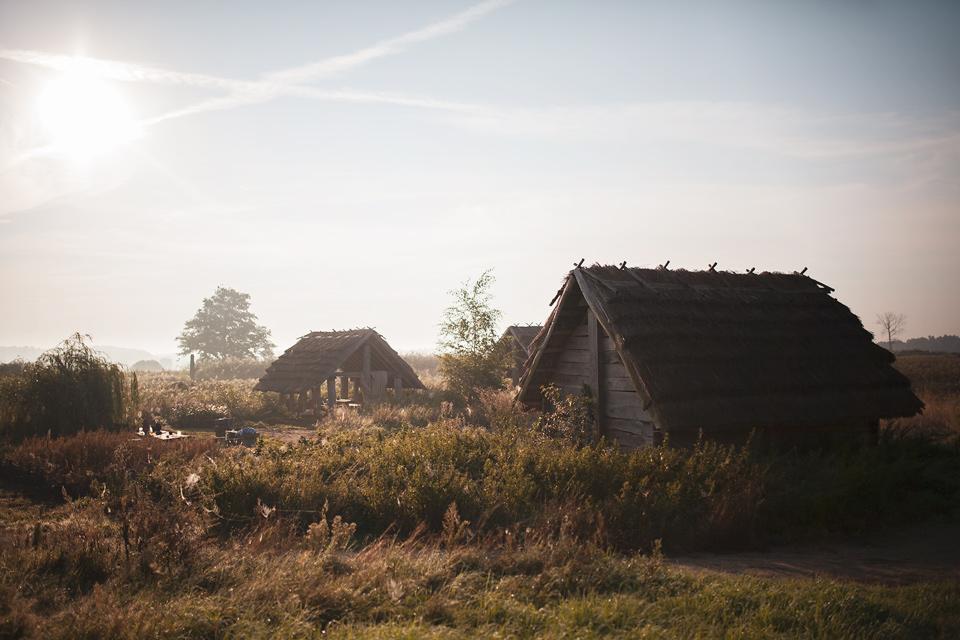 Grodzisko Żmijowiska. Budowa pieca szklarskiego