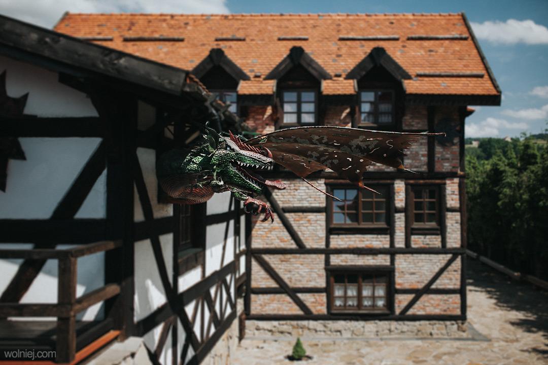 Smok w zamku Stara Baśń