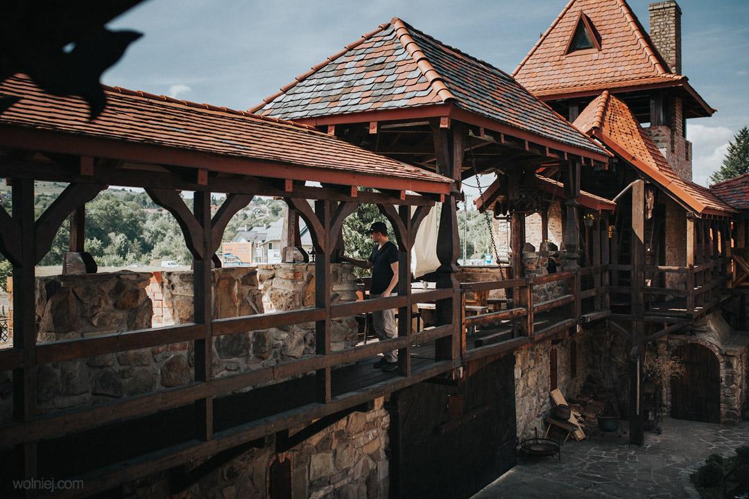 wnętrza zamku Stara Baśń