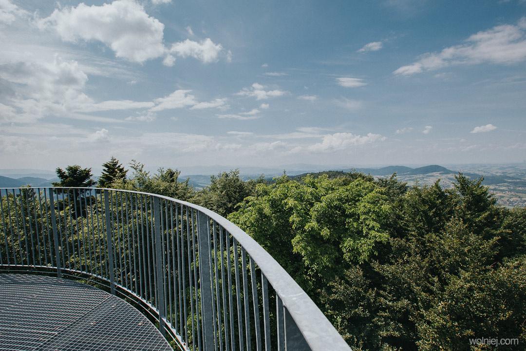 widok z wieży Jaworze na okolice