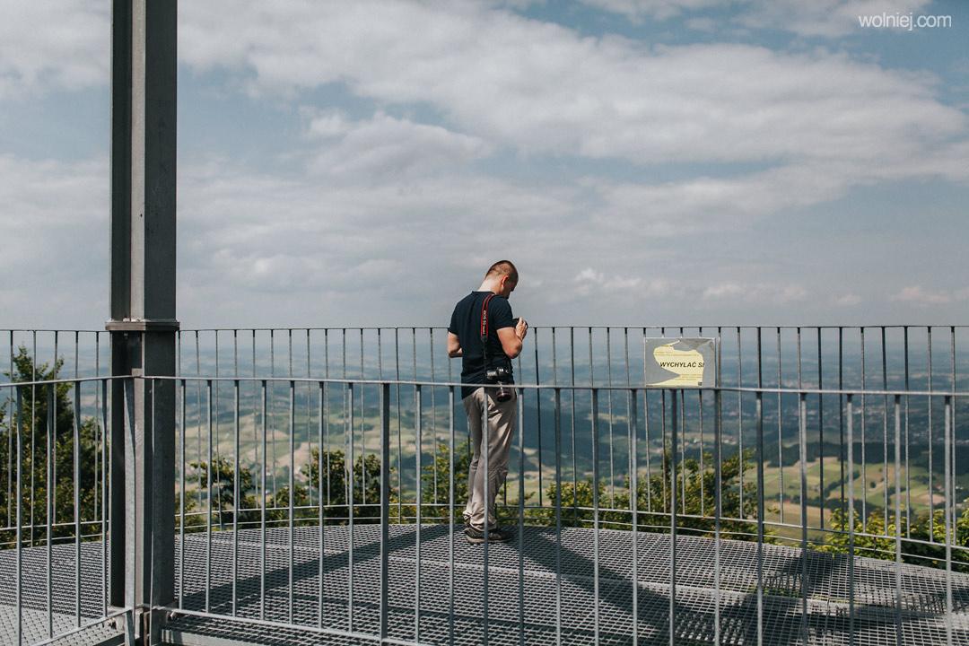 Górny taras wieży widokowej na Jaworzu