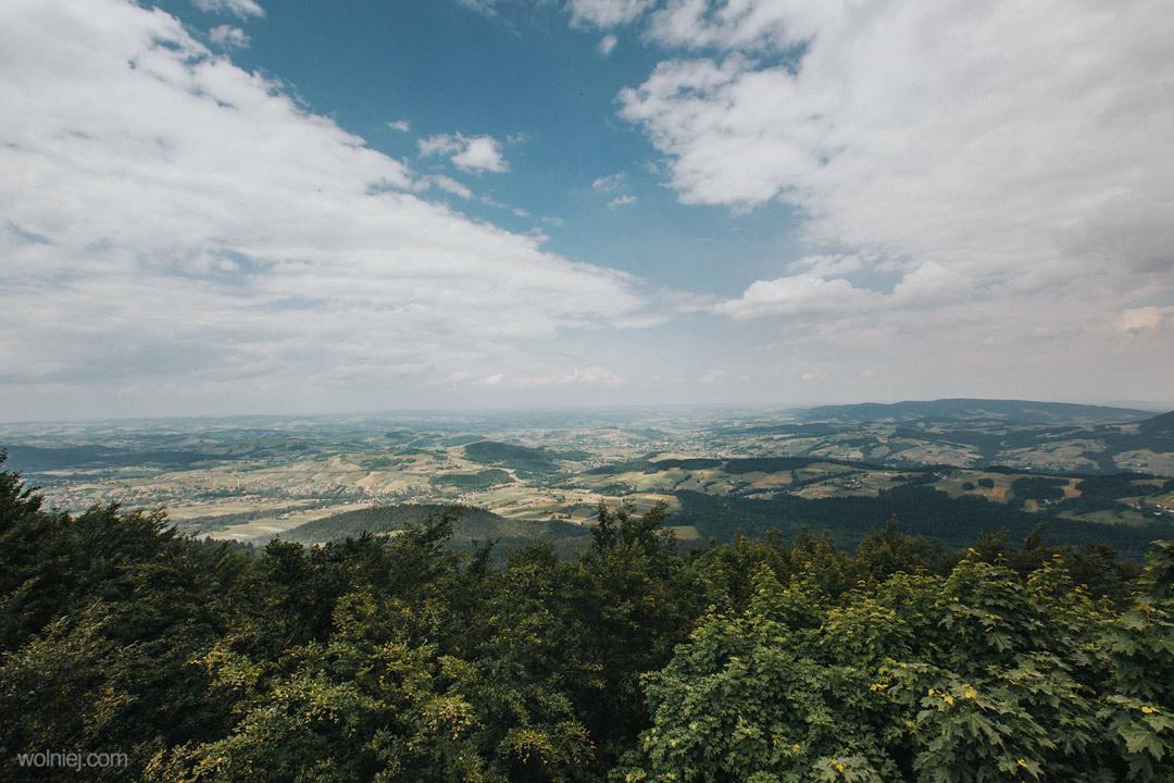 Widok ze szczytu wieży widokowej Jaworze